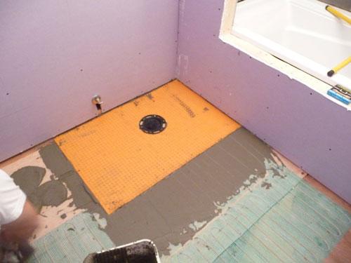 Утепление ванной комнаты изнутри и почему холодно, видео