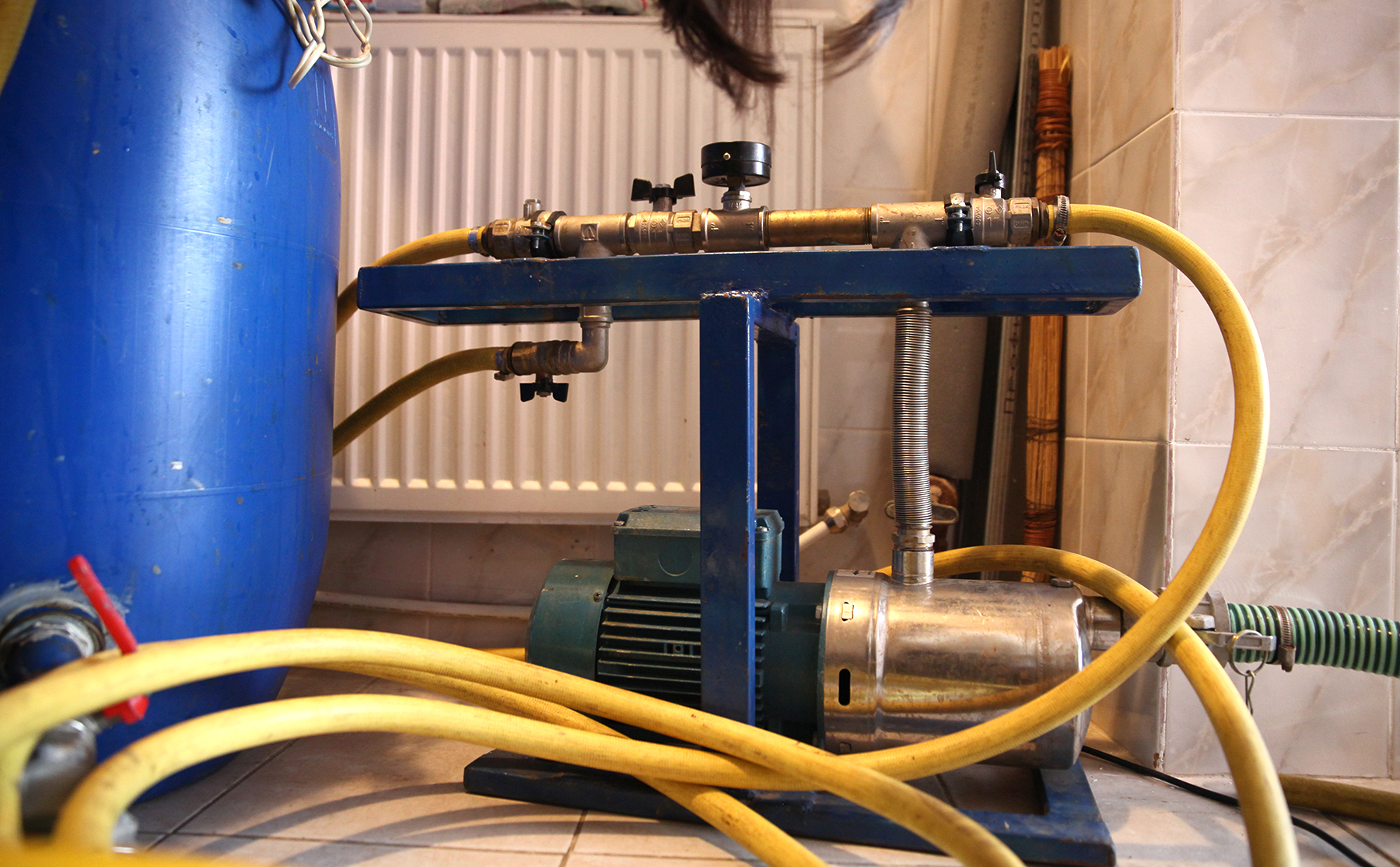Промывка отопления своими руками: гидравлическая, гидропневматическая, химическая, их правила, периодичность