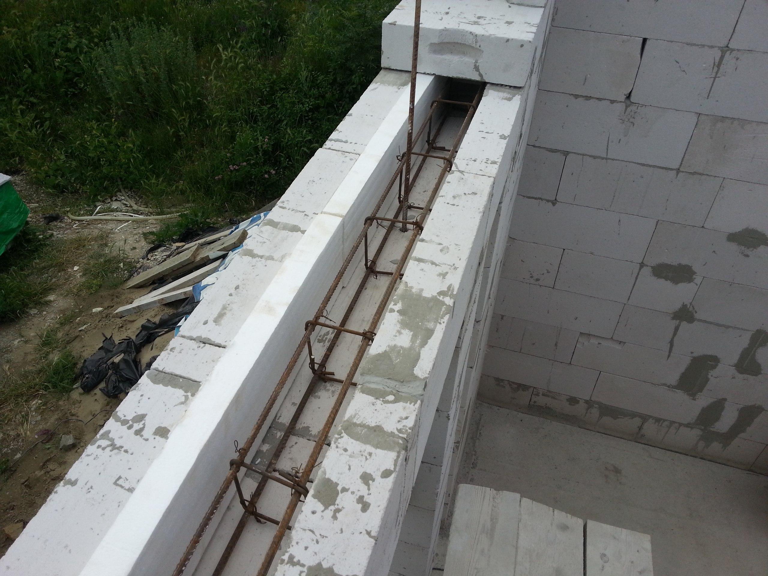 Армопояс для газобетона под балки перекрытия