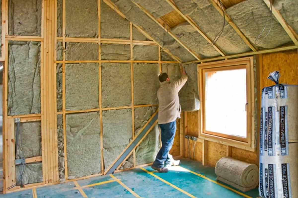 Выбор способа утепления дома - изнутри или снаружи