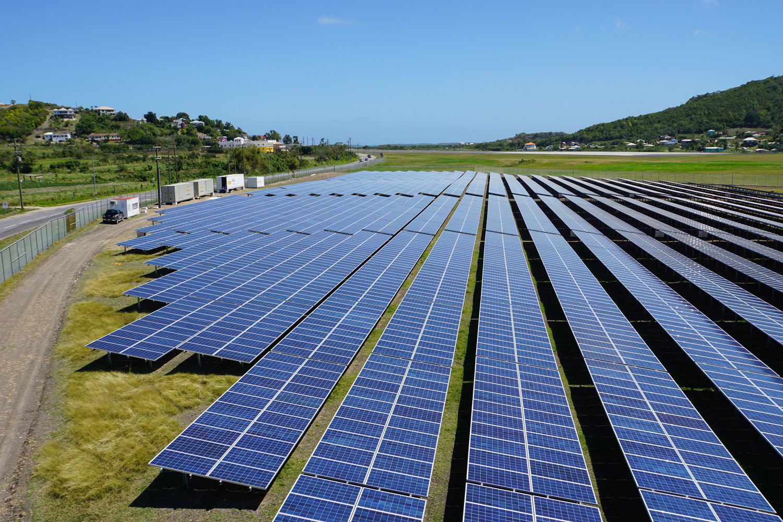 Обзор солнечных батарей для туристов: какие панели лучше