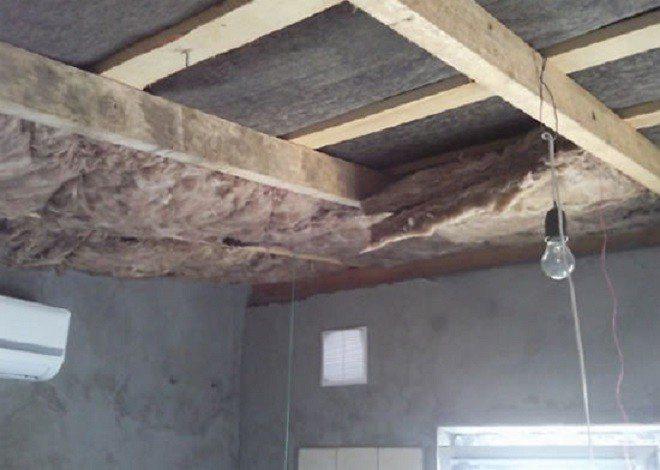 Как утеплить потолок в гараже?