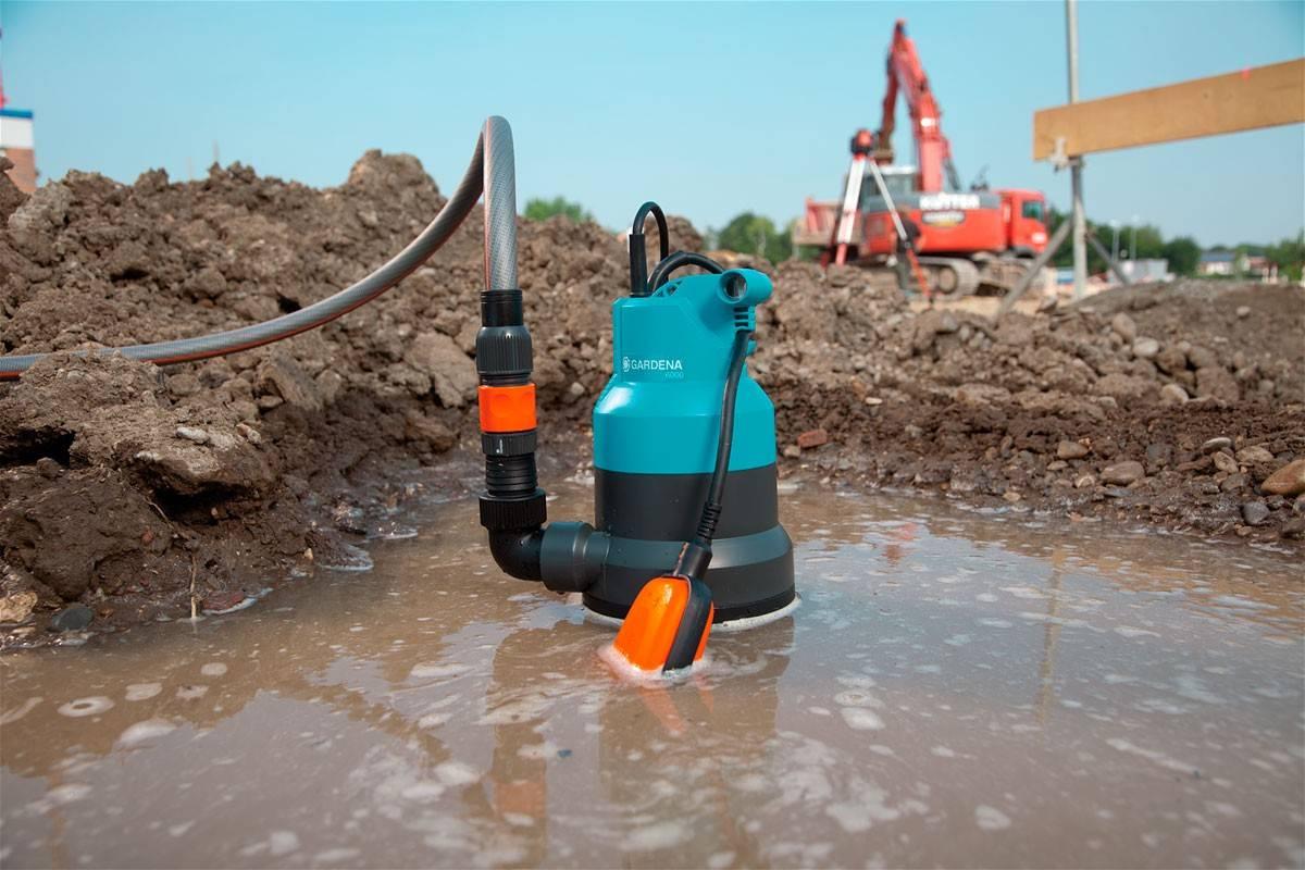 Насос для откачки воды из подвала: водяные конструкции для откачивания, ручной вариант для грязной воды, каким лучше откачать своими руками