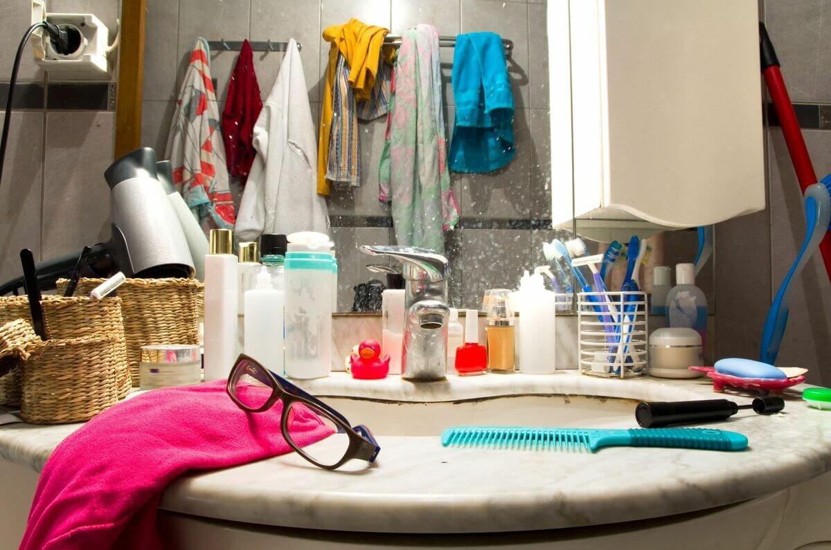 Реставрация ванны: какой способ лучше, отзывы специалистов и мастеров. уроки реставрации ванны жидким акрилом, вкладышем в домашних условиях. три способа.
