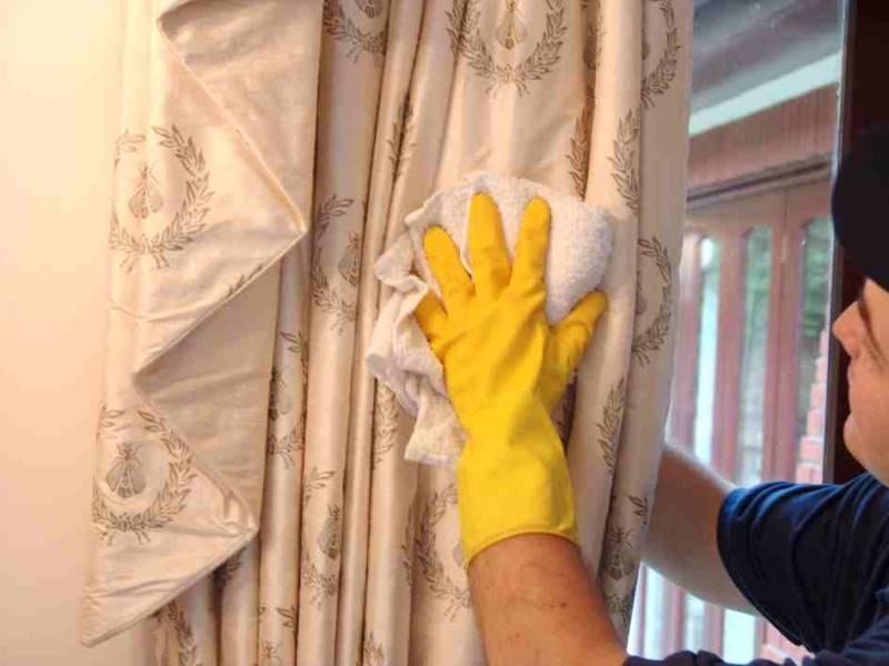 Как вернуть чистоту шторке в ванной комнате: обзор действенных методов