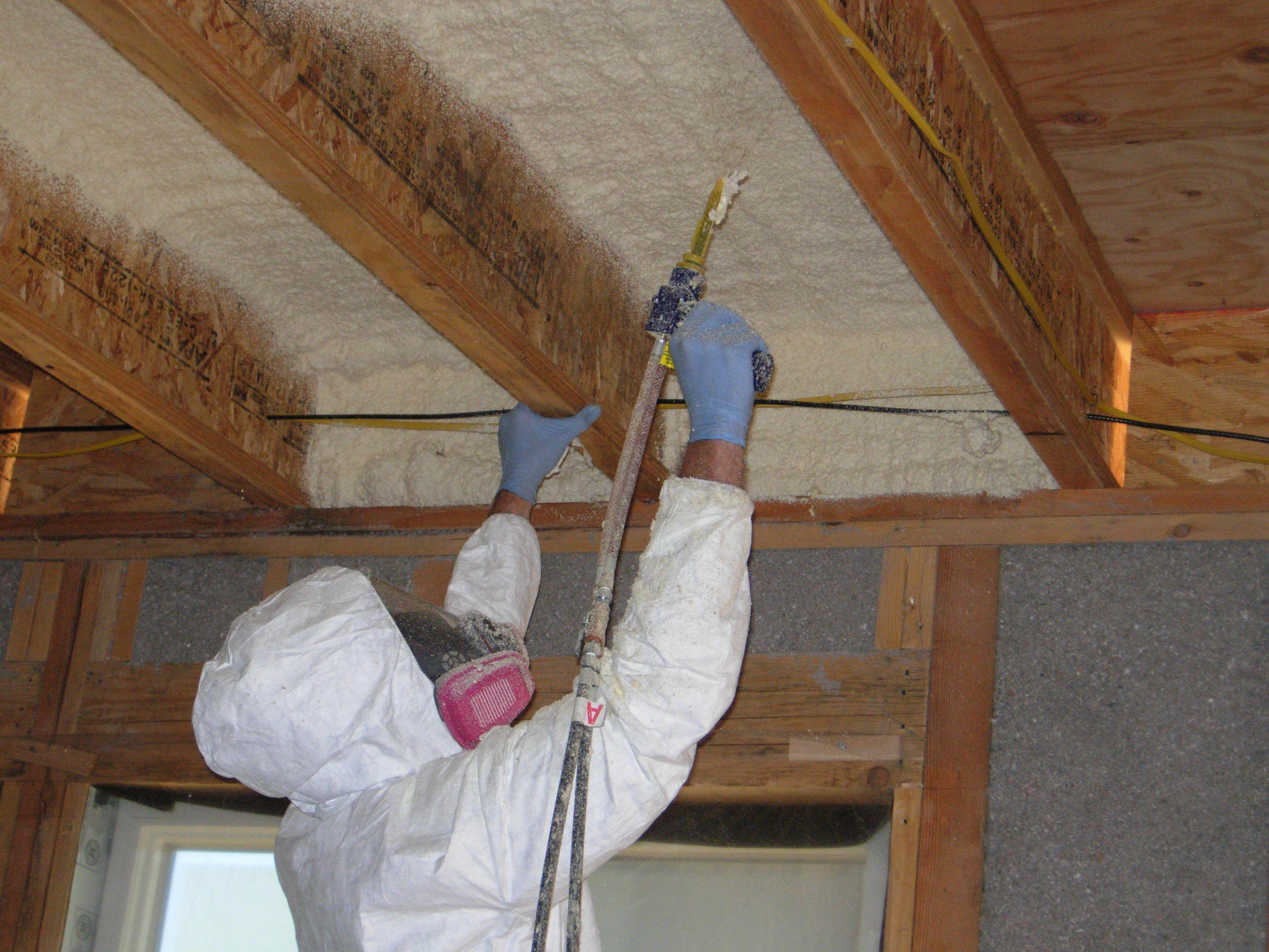 Утепление 2 этажа деревянного дома. как утеплить второй этаж деревянного дома: особенности межэтажного перекрытия. внутренняя и наружная теплоизоляция