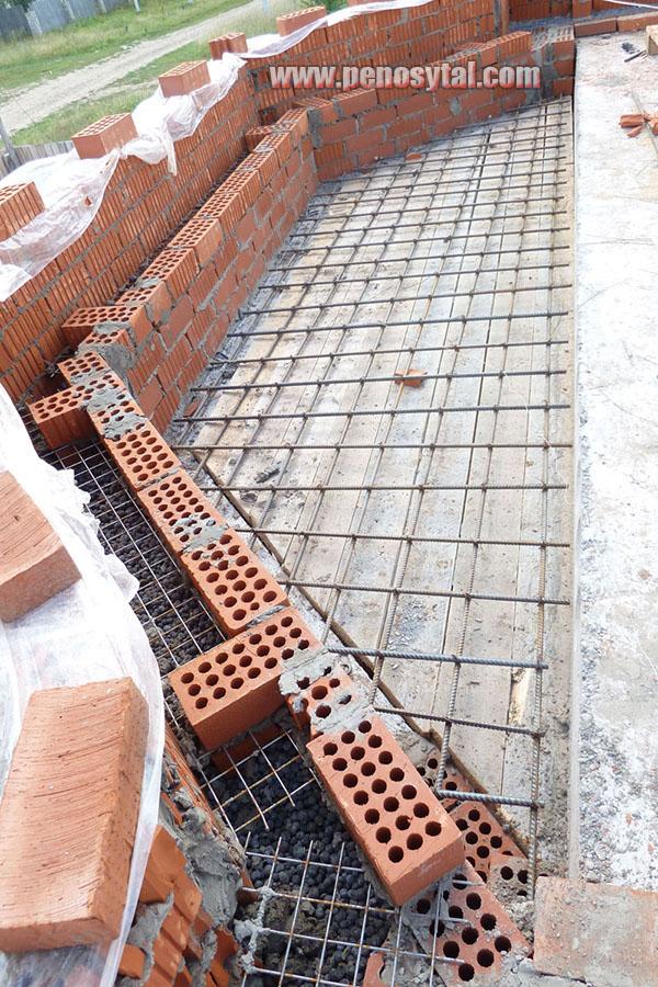 Утепление стен керамзитом, преимущества и технология