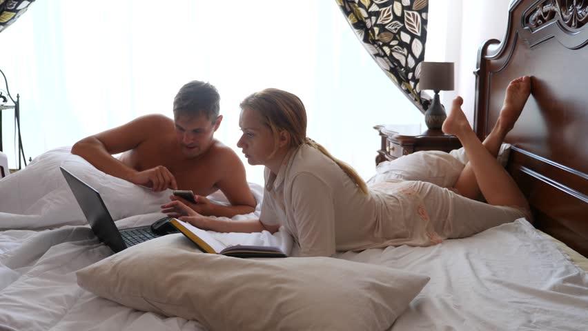Почему нельзя спать в чужой постели – приметы для семьи | астроонлайн – гороскоп рождения, лунный календарь и гороскоп