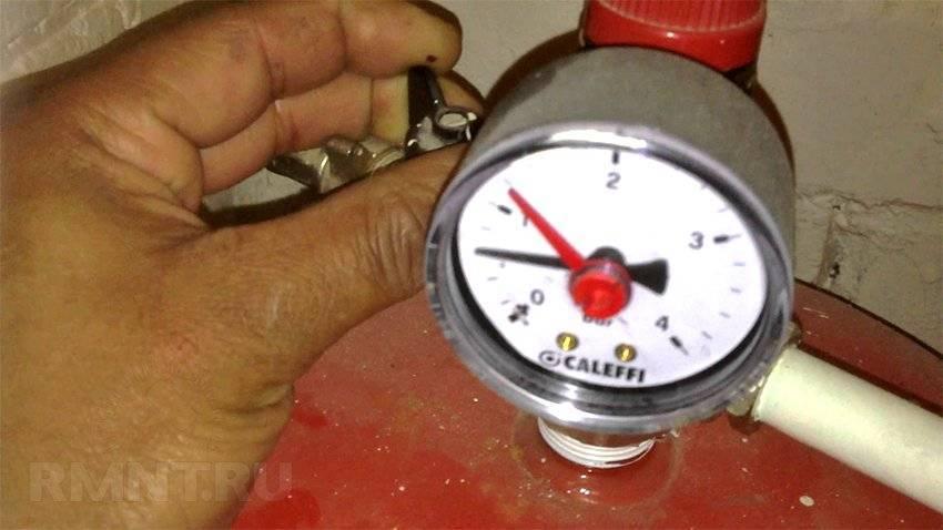 Перепад давления в системе отопления: почему его нет, скачут, растут показатели в многоквартирном доме, причины, их регулировка