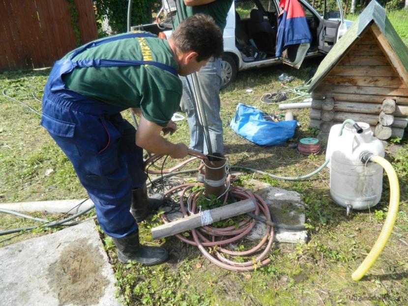 Как раскачать скважину после бурения - тонкости и инструкция