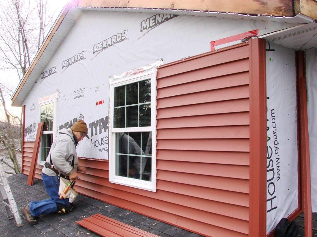 Отделка фасада частного дома сайдингом своими руками — фото