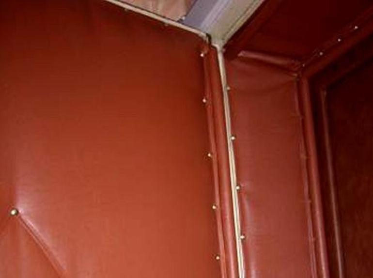 Чем лучше утеплить входные двери в частном доме своими руками: выбираем утеплитель (самоклеющийся, войлок, дермантин), видео