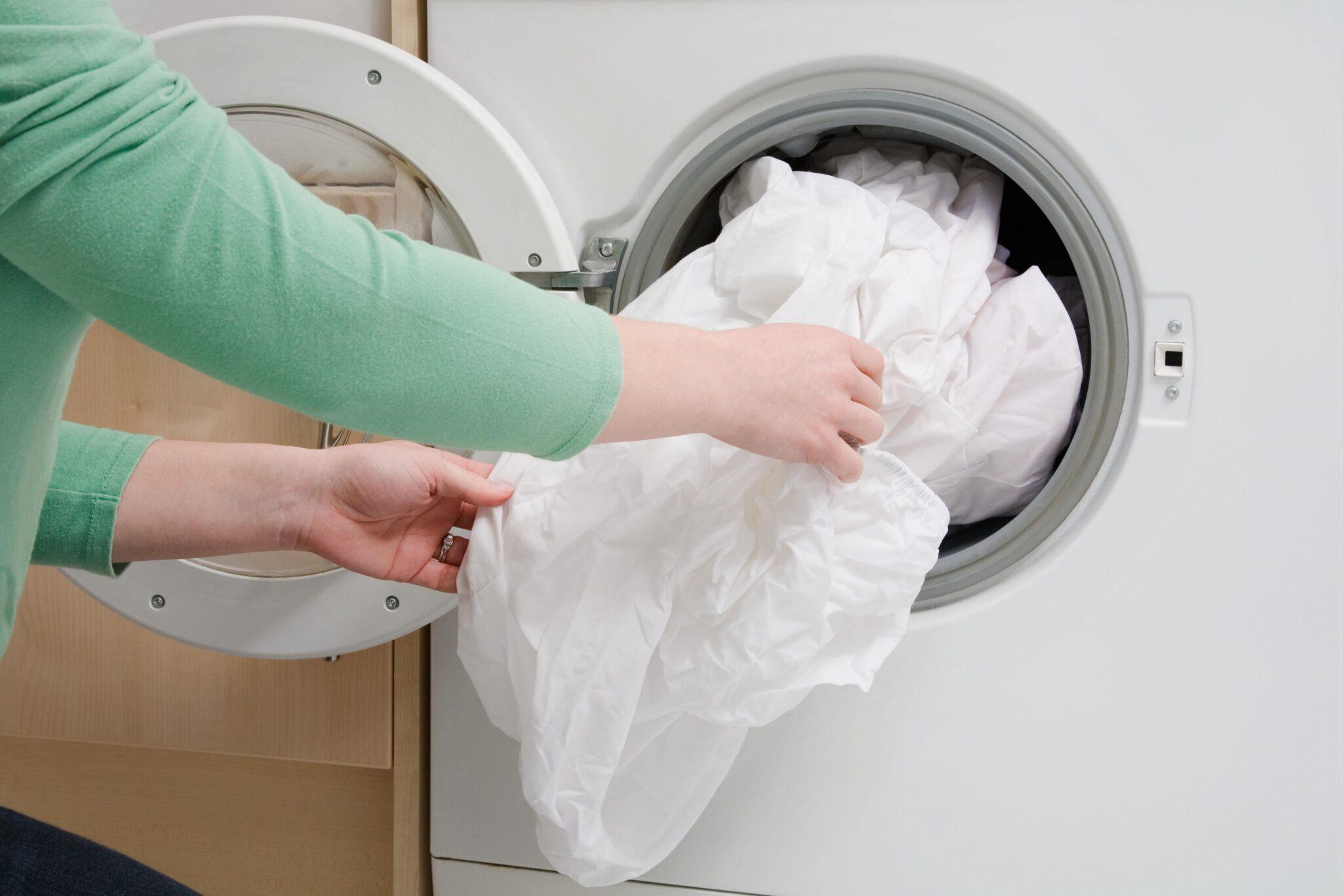 Как отмыть занавеску в ванной комнате от желтизны и плесени