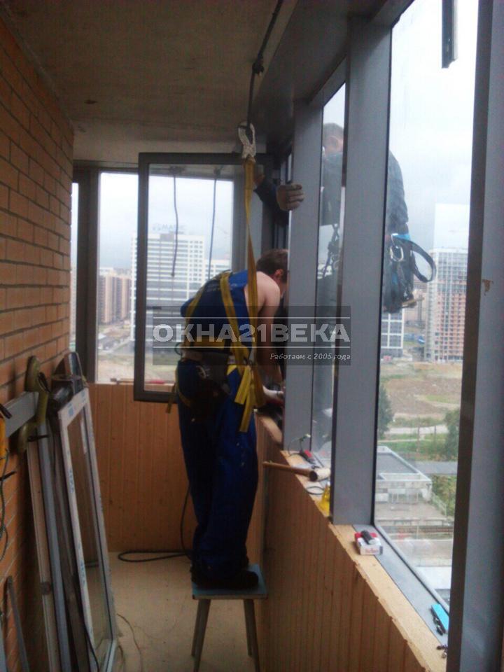 Утепление панорамного балкона: ограждения, отделка, объединение с кухней