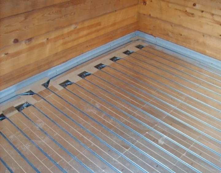 Как смонтировать водяной теплый пол без стяжки