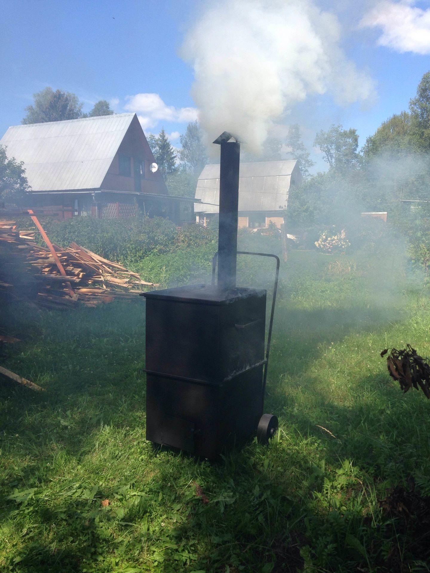 Печь для сжигания мусора из кирпича на даче своими руками
