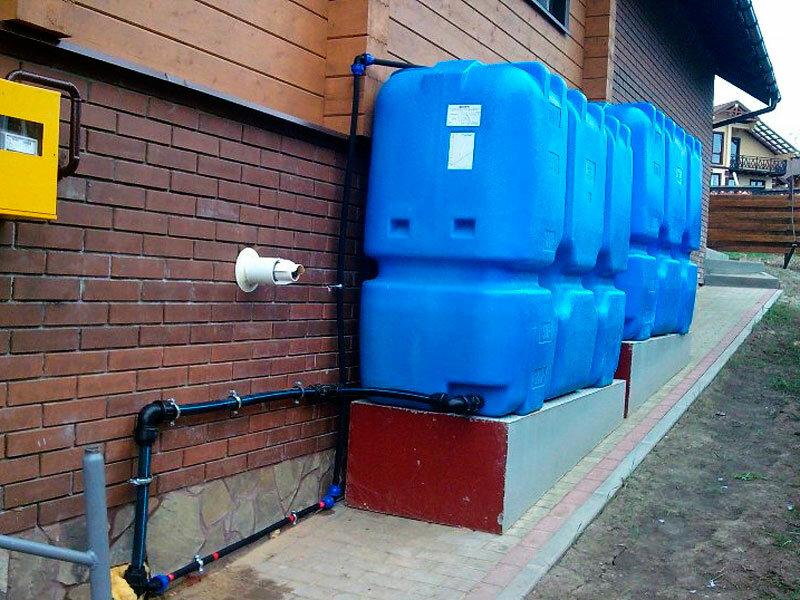 Накопительный бак для водоснабжения: схема водоснабжения, объем и конструкция резервуара, монтаж водопровода