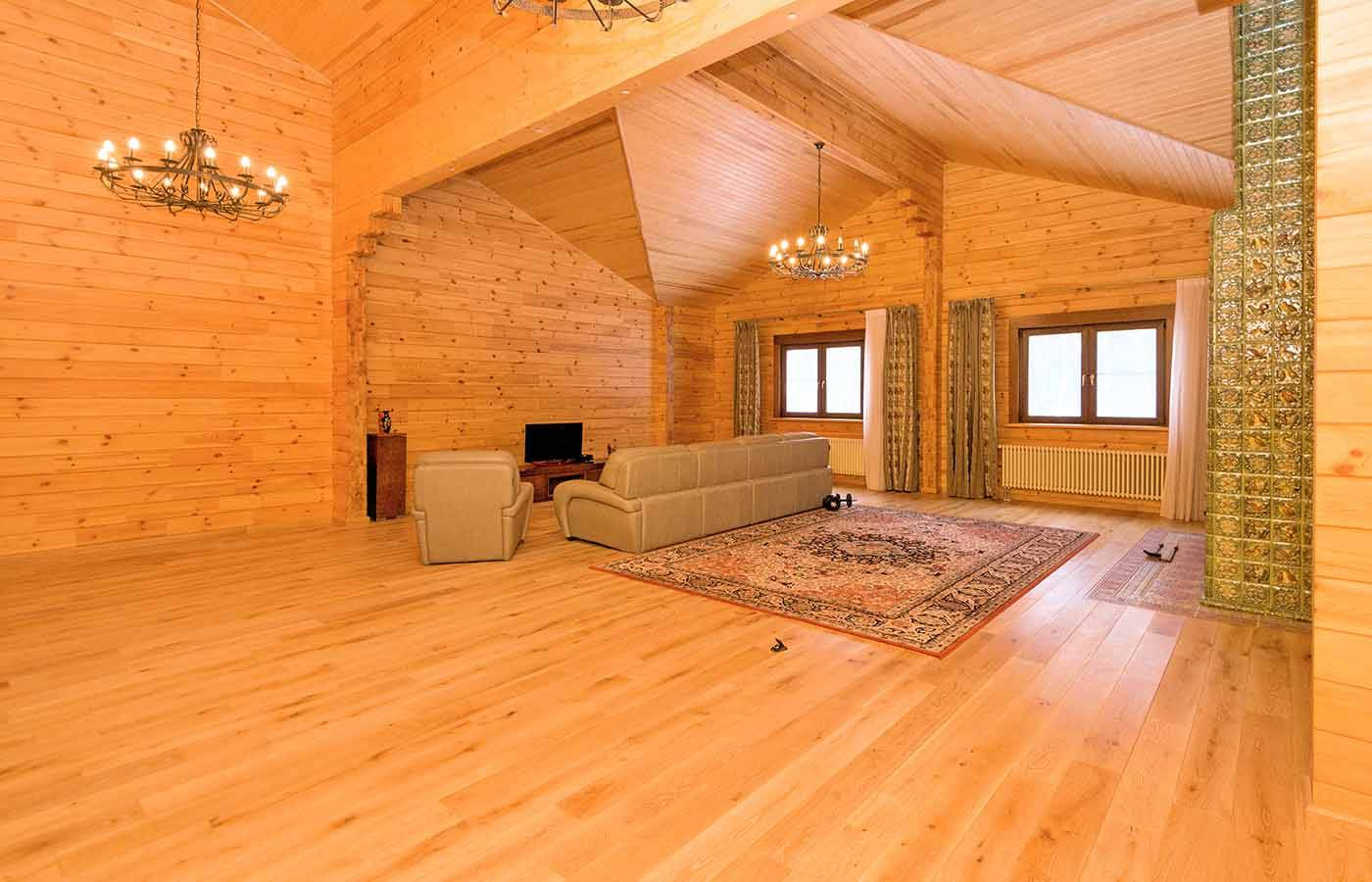 6 отличных вариантов обшить стену в деревянном доме: 50 фото и 2 видео