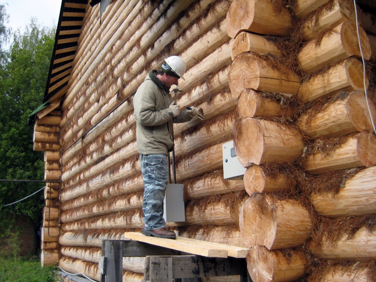 Утепление дома из бруса: материалы и способы наружного утепления дома из клееного бруса